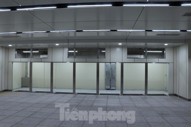 Chiêm ngưỡng nhà ga metro hiện đại đầu tiên dưới lòng đất Sài Gòn ảnh 13