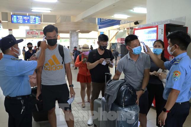 TPHCM không tăng giá vé xe khách dịp nghỉ Tết Dương lịch 2021 ảnh 1