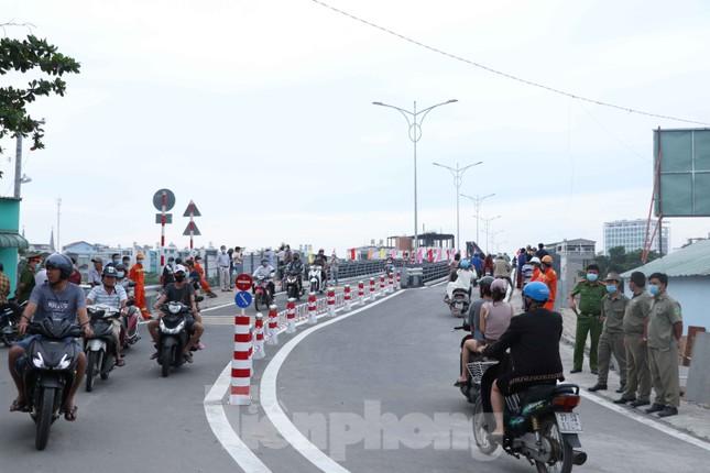 Người dân Sài Gòn thoát cảnh 'qua sông lụy đò' ảnh 3