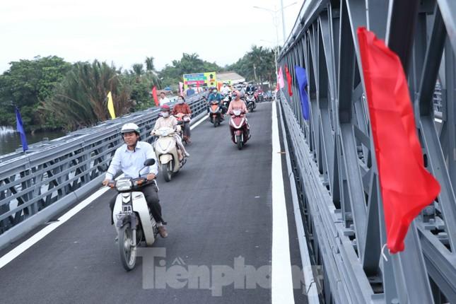 Người dân Sài Gòn thoát cảnh 'qua sông lụy đò' ảnh 6