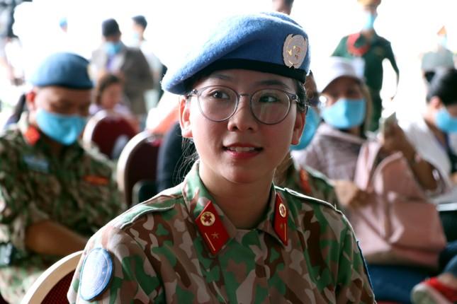 Những 'bóng hồng' quân đội Việt Nam lên đường làm nhiệm vụ quốc tế ảnh 6