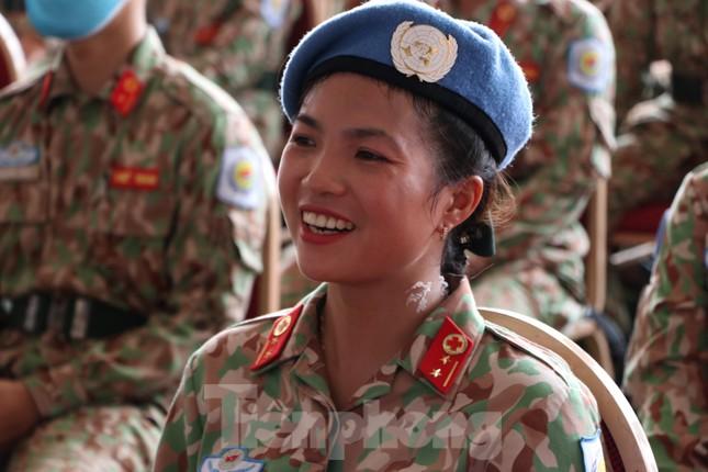 Những 'bóng hồng' quân đội Việt Nam lên đường làm nhiệm vụ quốc tế ảnh 3