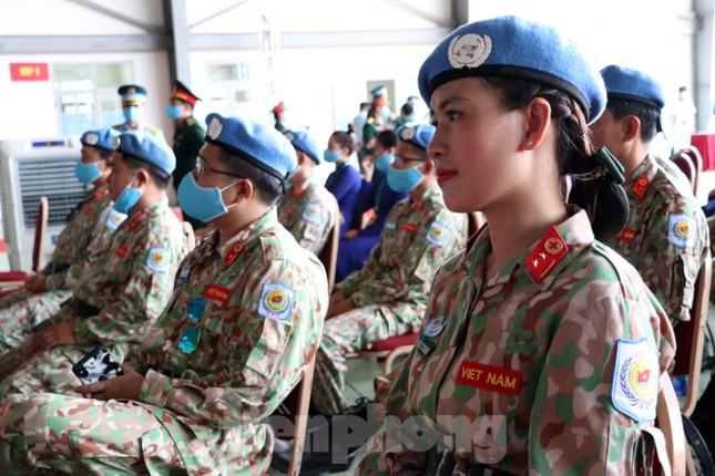 Những 'bóng hồng' quân đội Việt Nam lên đường làm nhiệm vụ quốc tế ảnh 4