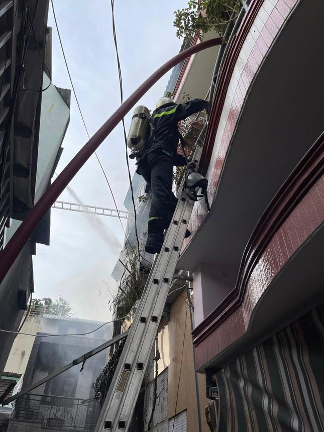 Lộ nguyên nhân 8 người chết thương tâm trong đám cháy ở TPHCM  - Ảnh 1.