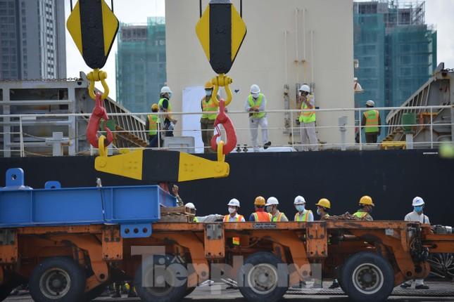 Cận cảnh 2 đoàn tàu tuyến Metro số 1 cập cảng TPHCM ảnh 5