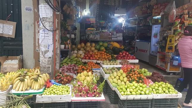 Hoa, quả, gà… tăng giá ngày rằm tháng Chạp ảnh 5