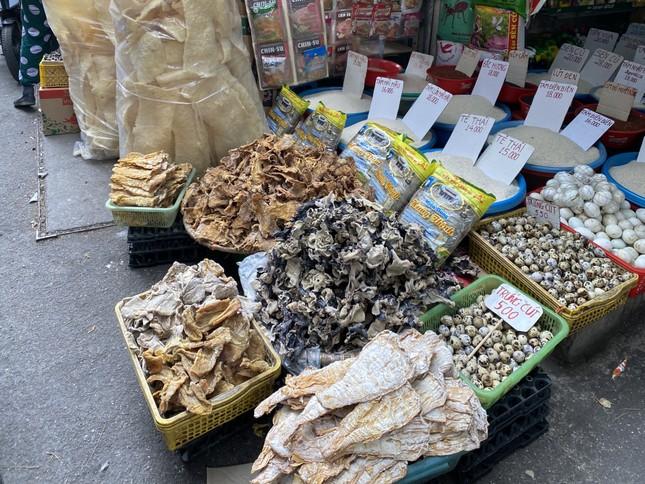 Cận Tết, giá thịt lợn ở Hà Nội giảm mạnh ảnh 8