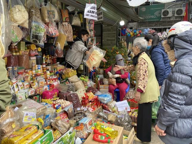 Cận Tết, giá thịt lợn ở Hà Nội giảm mạnh ảnh 7