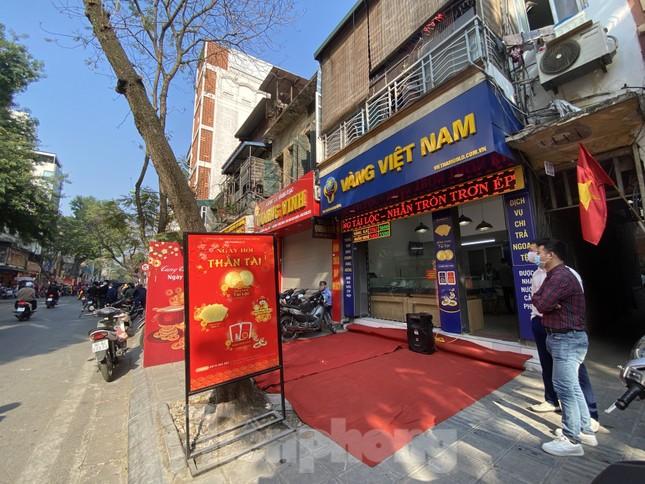 Nhiều nơi không còn cảnh xếp hàng, tiệm vàng đóng cửa ngày vía Thần tài ảnh 3