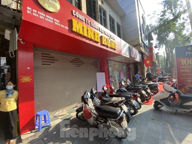 Nhiều nơi không còn cảnh xếp hàng, tiệm vàng đóng cửa ngày vía Thần tài ảnh 2