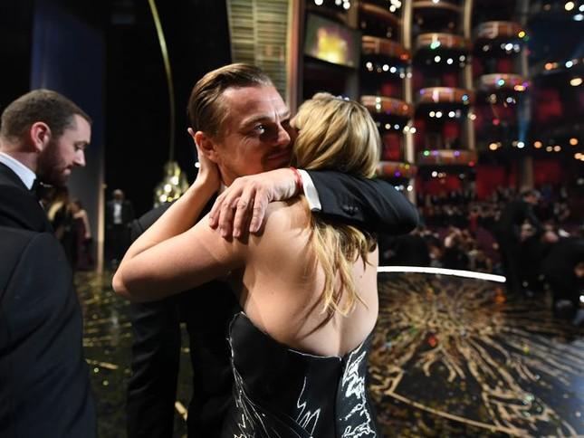 Leonardo DiCaprio nói gì khi nhận giải Oscar đầu tiên trong sự nghiệp? ảnh 1