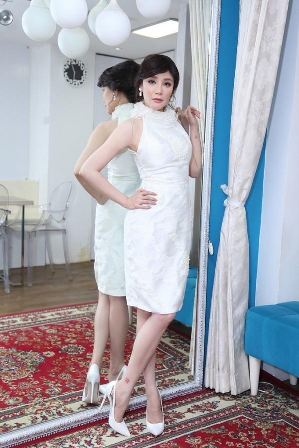 Hồ Quỳnh Hương phồng má tạo dáng trong hậu trường X Factor ảnh 8