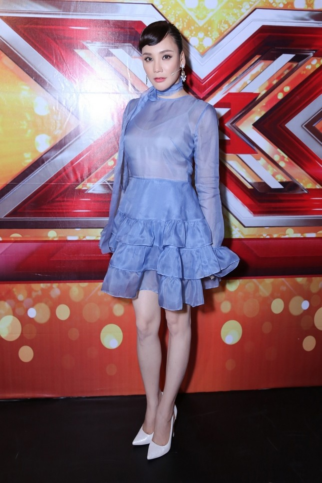 Hồ Quỳnh Hương phồng má tạo dáng trong hậu trường X Factor ảnh 9
