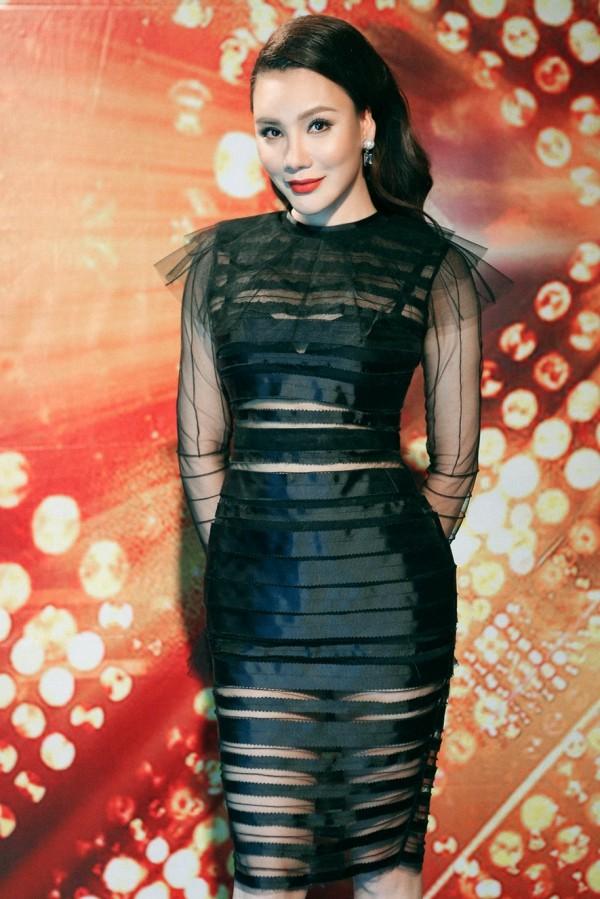 Hồ Quỳnh Hương phồng má tạo dáng trong hậu trường X Factor ảnh 15