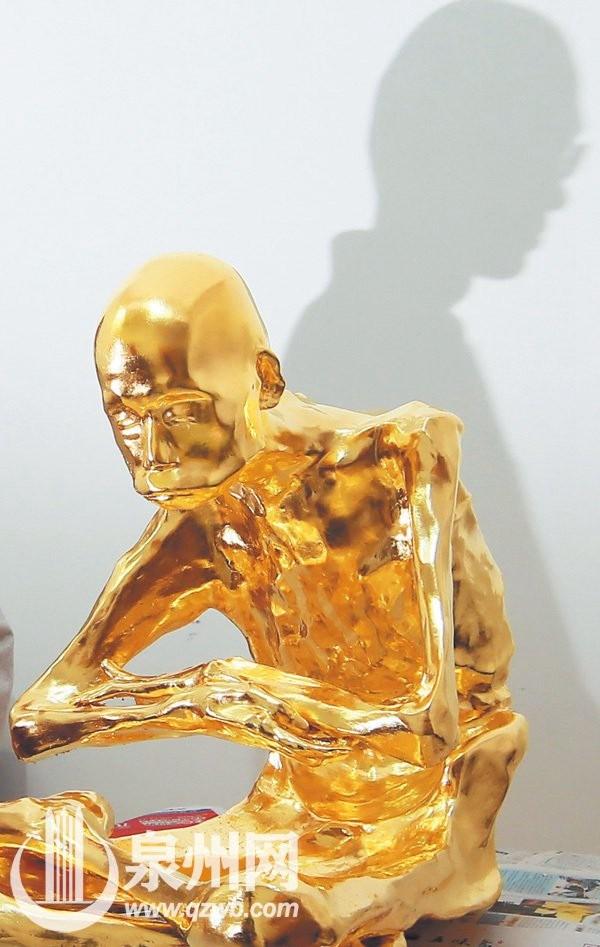 Dát vàng thi hài thiền sư được phong Phật sống ảnh 7