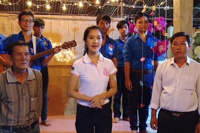 Thí sinh HHVN 2016 Thu Thảo nhận dự án lúc nửa đêm ảnh 3