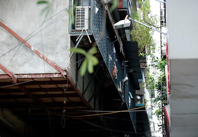 Muôn kiểu 'chuồng cọp' không lối thoát hiểm ở Thủ đô ảnh 8