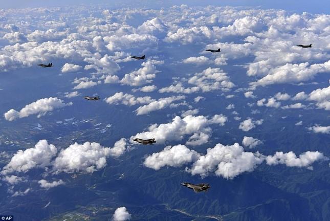 Thế giới tuần qua: Nga - Mỹ xung đột, Triều Tiên diễn biến khó lường ảnh 4