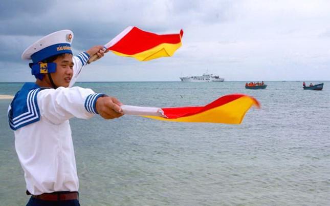 Khoảnh khắc đẹp về biển đảo Tổ quốc ảnh 8