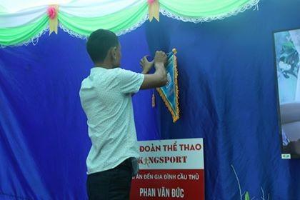 Mẹ cầu thủ U23 Việt Nam nhắn con đưa vinh quang về cho đất nước ảnh 1