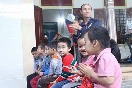 Mẹ cầu thủ U23 Việt Nam nhắn con đưa vinh quang về cho đất nước ảnh 2