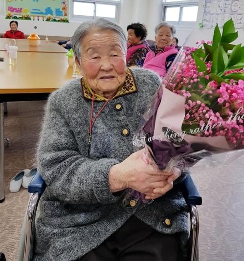 Mẹ của HLV Park Hang-seo muốn đến Việt Nam gặp con trai ảnh 3