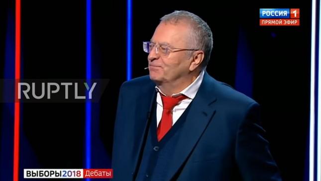 Nữ ứng viên Tổng thống Nga ôm mặt khóc vì bị đối thủ cắt lời ảnh 2