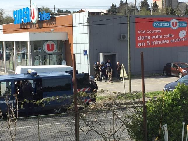 Xả súng tại Pháp, 19 người thương vong ảnh 1