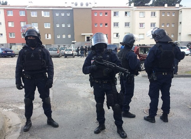 Xả súng tại Pháp, 19 người thương vong ảnh 2