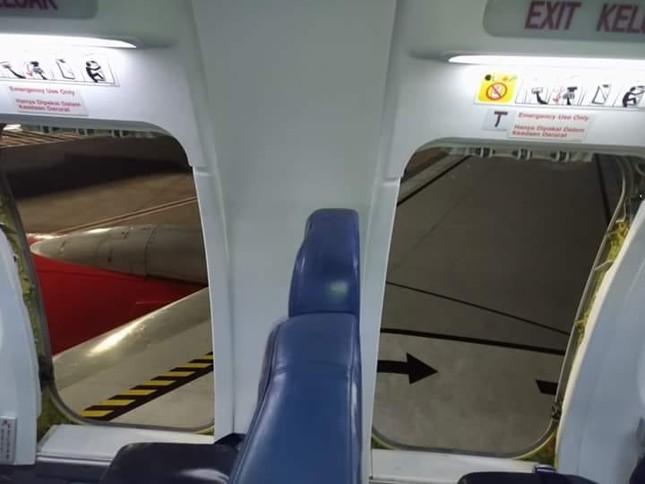 10 hành khách bị thương vì câu đùa 'máy bay có bom' ảnh 1