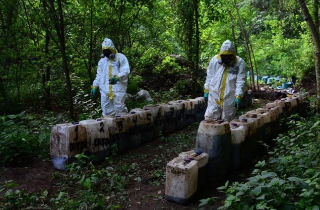 Mexico: Binh sĩ phát hiện 50 tấn ma túy đá dưới lòng đất ảnh 1
