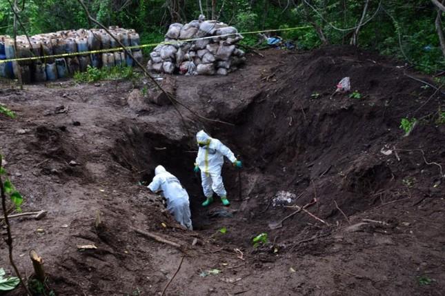 Mexico: Binh sĩ phát hiện 50 tấn ma túy đá dưới lòng đất ảnh 3