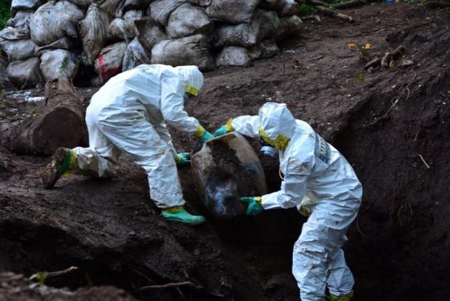 Mexico: Binh sĩ phát hiện 50 tấn ma túy đá dưới lòng đất ảnh 4