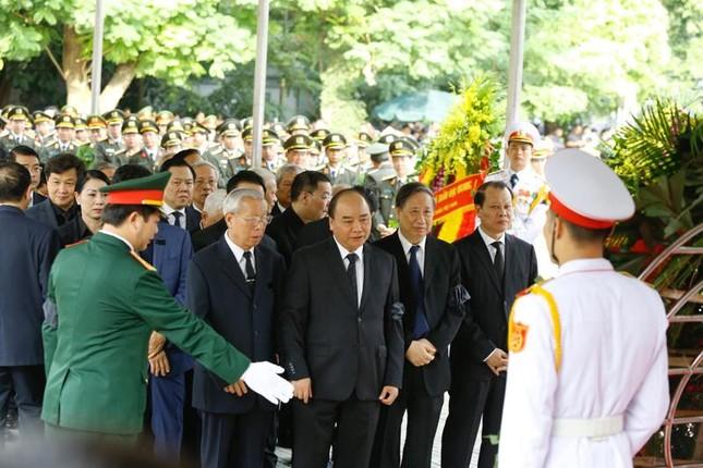 Hình ảnh Lãnh đạo Đảng, Nhà nước viếng Chủ tịch nước Trần Đại Quang ảnh 13