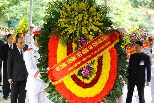 Hình ảnh Lãnh đạo Đảng, Nhà nước viếng Chủ tịch nước Trần Đại Quang ảnh 14