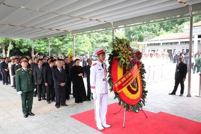 Hình ảnh Lãnh đạo Đảng, Nhà nước viếng Chủ tịch nước Trần Đại Quang ảnh 10