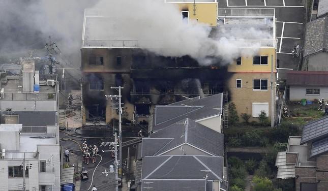Cháy xưởng phim Nhật Bản: Nghi phạm vừa châm lửa vừa hét 'Chết đi!' ảnh 2