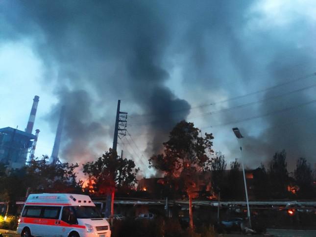 Nhà máy gas phát nổ, 34 người thương vong và mất tích ở Trung Quốc ảnh 1