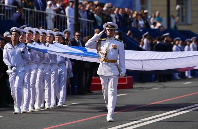 Xem dàn chiến hạm Nga rẽ sóng thị uy sức mạnh hải quân ảnh 5