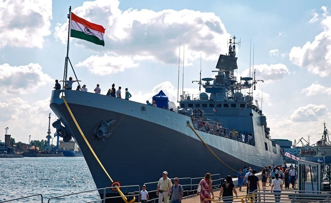 Xem dàn chiến hạm Nga rẽ sóng thị uy sức mạnh hải quân ảnh 8