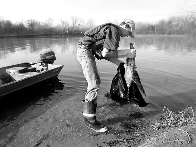 Rùng mình những vụ xả thải gây ô nhiễm nước trên thế giới ảnh 6