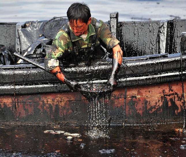 Rùng mình những vụ xả thải gây ô nhiễm nước trên thế giới ảnh 13