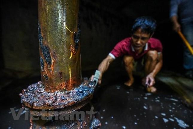 Viwaco thau rửa bể chung cư phát hiện nước đen kịt nồng nặc mùi ảnh 4