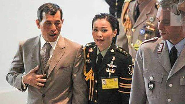 Hoàng hậu Thái Lan Suthida Vajiruslongkorn: 6 năm từ thiếu uý lên đại tướng ảnh 8