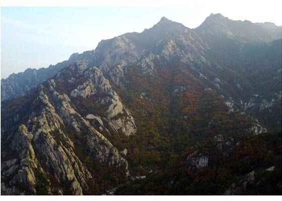 Phu nhân ông Kim Jong-un thăm núi thiêng Kim Cương sau 4 tháng ẩn mình ảnh 6