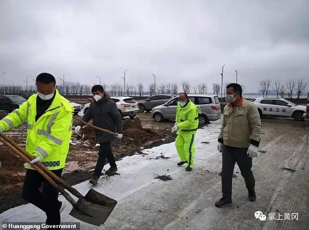 Trung Quốc mở cửa bệnh viện 1.000 giường đầu tiên cho bệnh nhân corona virus ảnh 1