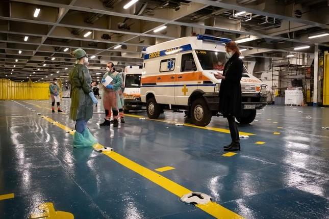 Hội chợ, sân bóng trên toàn cầu 'hóa' bệnh viện dã chiến chống COVID-19 ảnh 10
