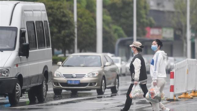 Vũ Hán: 'Mùa xuân trở lại' sau 65 ngày cửa đóng then cài vì COVID-19 ảnh 5