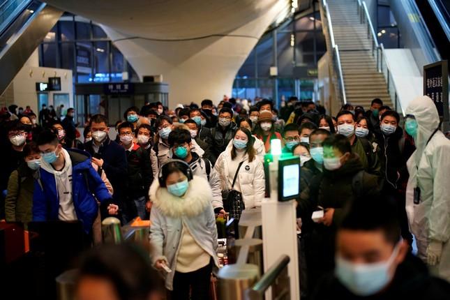 Vũ Hán: 'Mùa xuân trở lại' sau 65 ngày cửa đóng then cài vì COVID-19 ảnh 7