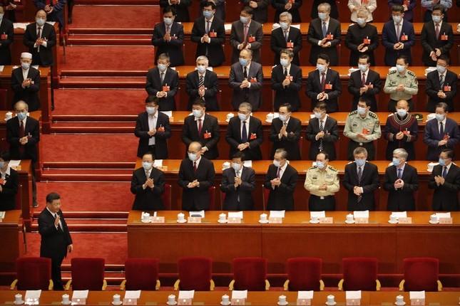 Trung Quốc: Mặc niệm nạn nhân COVID-19 trong lễ khai mạc Hội nghị Chính trị Hiệp thương ảnh 3